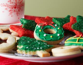 https://cf.ltkcdn.net/christmas/images/slide/190753-850x668-christmas-cookies.jpg