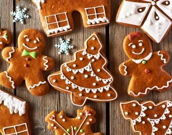 https://cf.ltkcdn.net/christmas/images/slide/190754-850x668-gingerbread-people.jpg