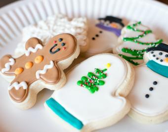 https://cf.ltkcdn.net/christmas/images/slide/190755-850x668-frosted-sugar-cookie.jpg