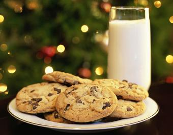 https://cf.ltkcdn.net/christmas/images/slide/190757-850x668-chocolate-chip-cookies.jpg
