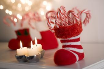 13 Fun Ways to Decorate With Candy Canes