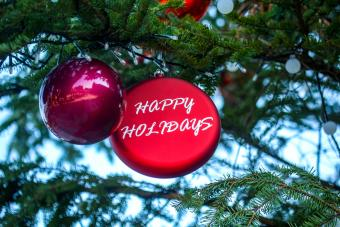 8 Wholesale Christmas Ornament Suppliers