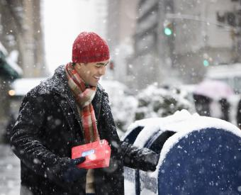 Does the U.S. Mail Run on Christmas Eve?