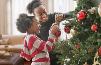 5 Best Rotating Christmas Tree Stands
