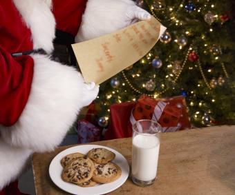 Santa Leaving Note