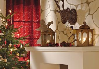 https://cf.ltkcdn.net/christmas/images/slide/254041-850x595-6_Rustic_Fireplace.jpg