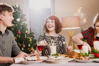 Christmas Traditions in England: Modern Festivities