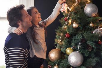 https://cf.ltkcdn.net/christmas/images/slide/275784-850x566-christmas-tree-ideas-big.jpg