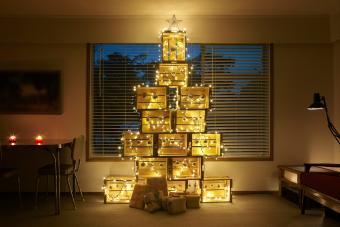 https://cf.ltkcdn.net/christmas/images/slide/275794-850x566-christmas-tree-ideas-sustainable.jpg
