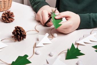 Christmas Shapes to Print: Crafting Holiday Fun