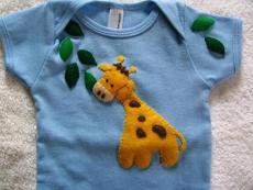 Muffintops baby giraffe T-shirt