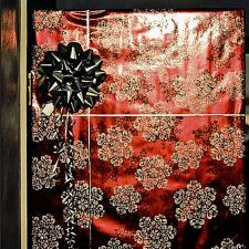 Gift wrap door & Cheap Ways to Decorate for Christmas