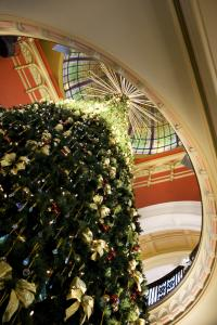 Queen Victoria Building Christmas tree