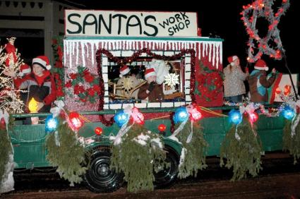 santas workshop - Christmas Float Decorations