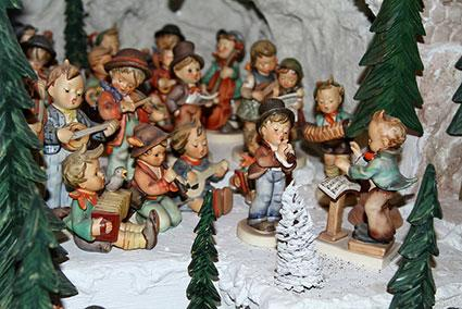 hummel christmas figurines - German Handmade Wooden Christmas Decorations