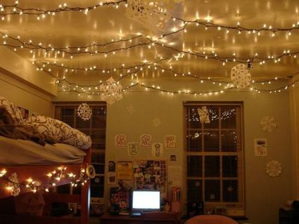 white christmas dcor - Christmas Dorm Decorations