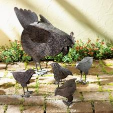 French hens sculpture set