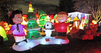 traditional charlie brown christmas yard decoration