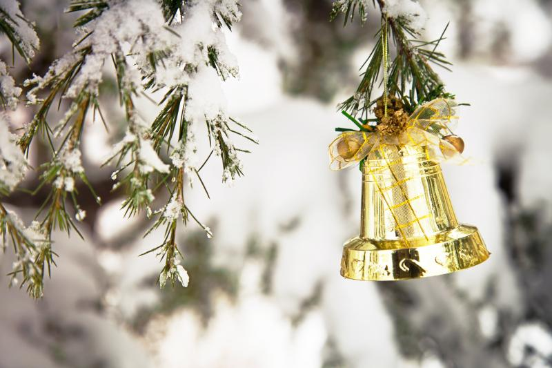 Christmas Bells Are Ringing 2021 Christmas Bells Traditions Meaning Melodic History Lovetoknow