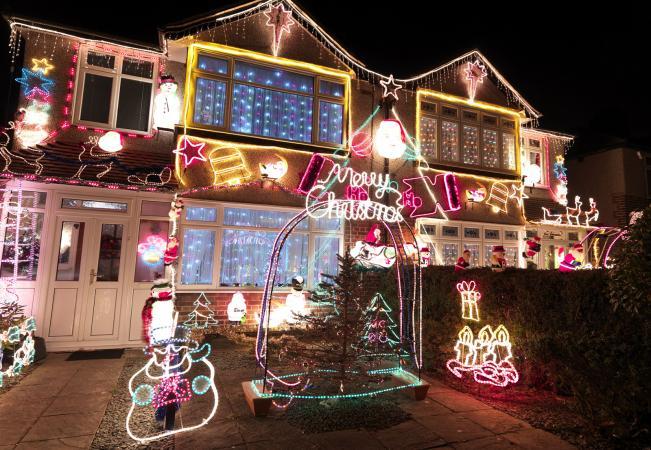 animated Christmas lights on house