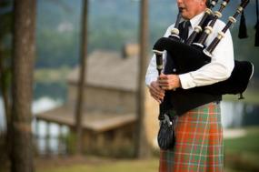 Auld Lang Syne Is The Most Famous Scottish Holiday Music