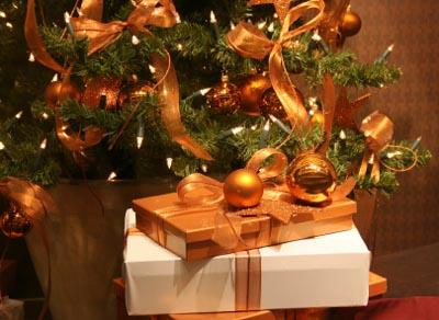mostpopularchristmasdecorationsjpg - Orange Christmas Tree Decorations