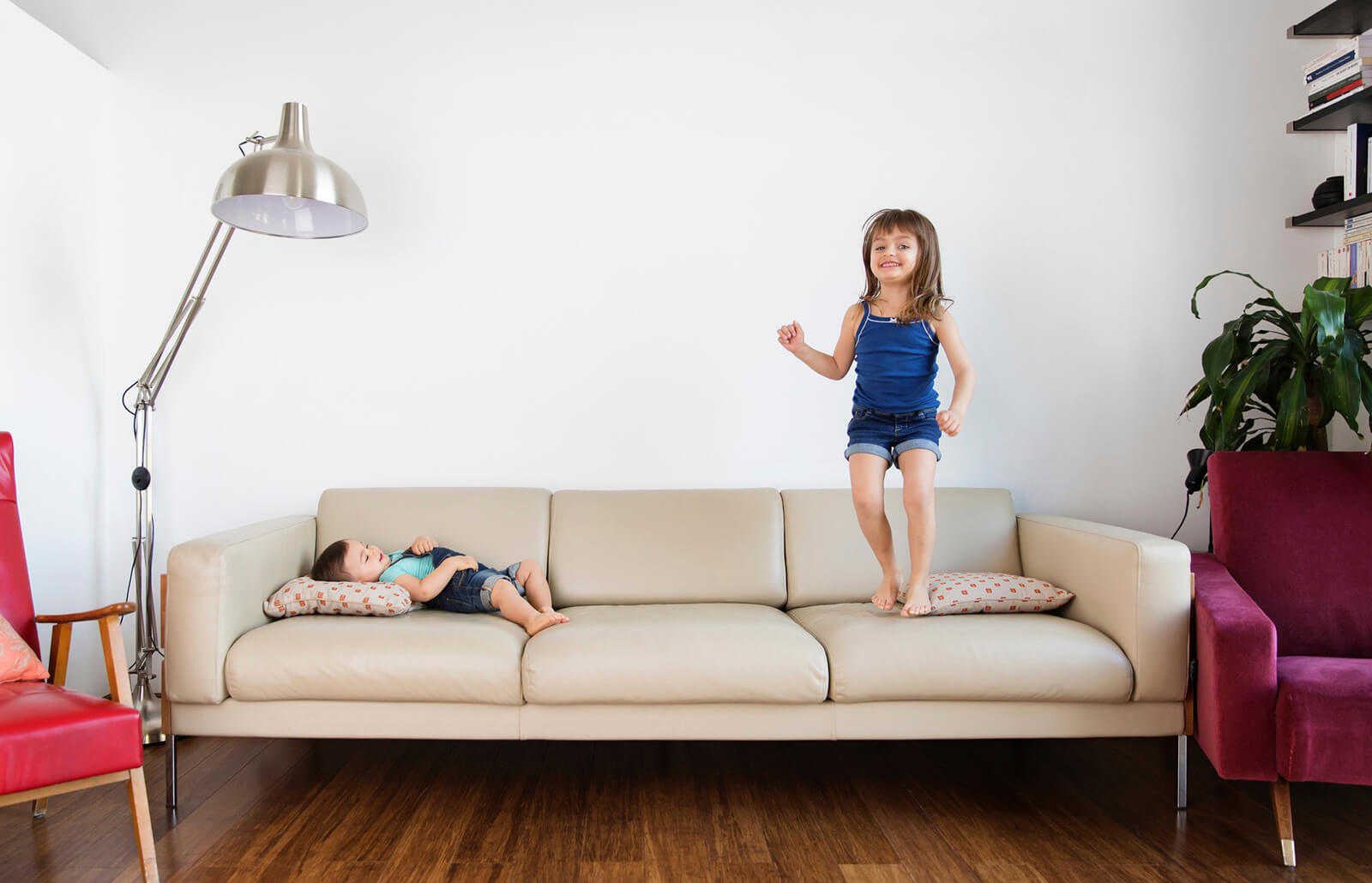 How To Clean Microfiber Couches In Easy Steps Lovetoknow