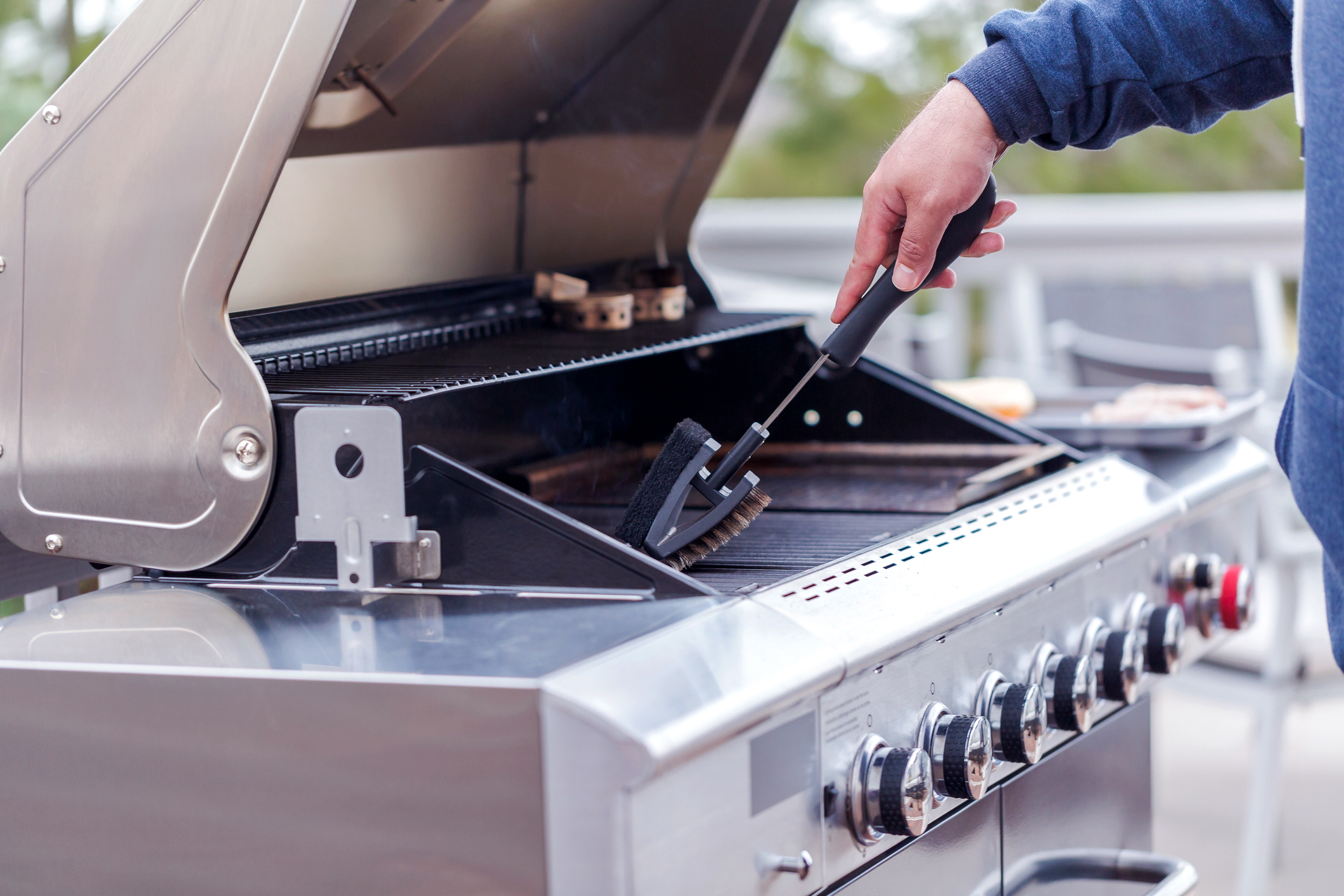 Cleaning Stainless Steel Grill Grates