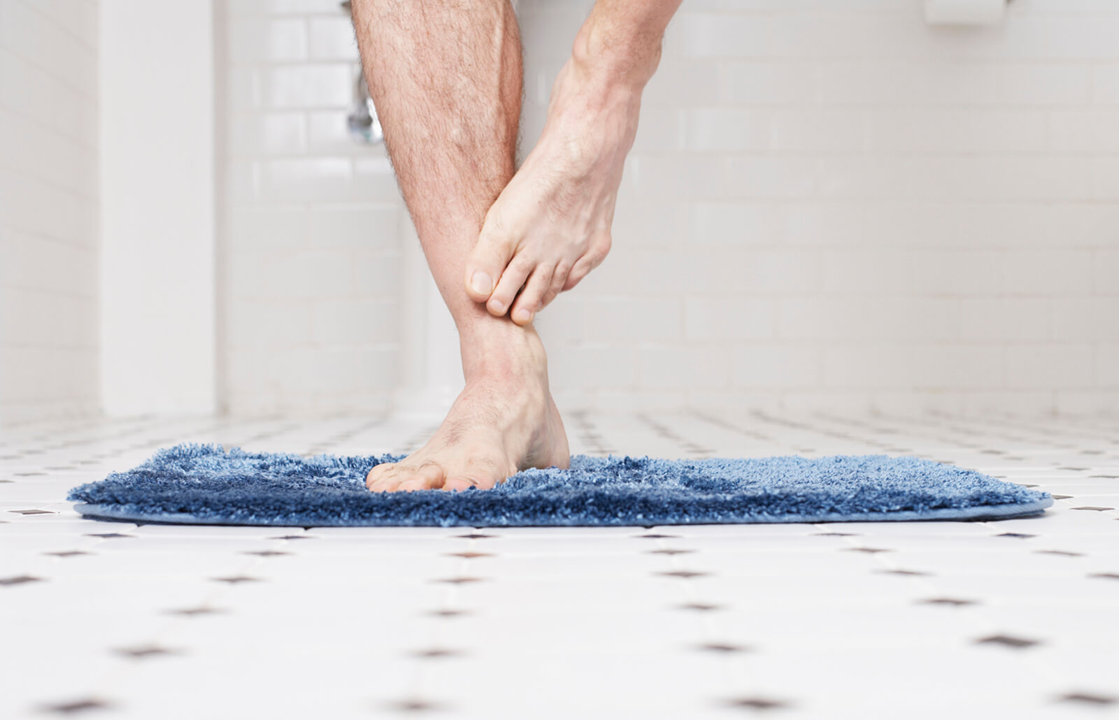 How To Clean Bath Mats Of All Types