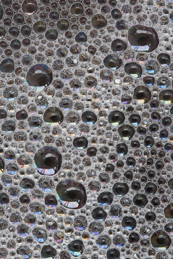 https://cf.ltkcdn.net/cleaning/images/slide/107555-566x848-bubbles.jpg