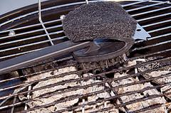 Cleaning Instructions for Barbecue Grill Racks