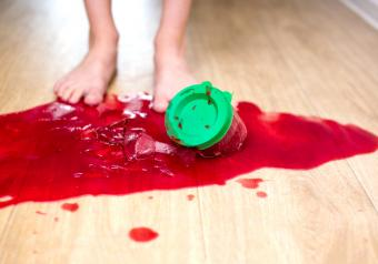 How to Remove a Stubborn Stain from Vinyl Flooring