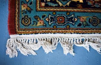 How to Clean the Fringe on Oriental Rugs