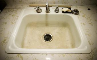 Clean Soap Scum Fast: 5 Foolproof Methods