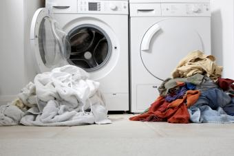 How to Separate Laundry Quickly and Correctly