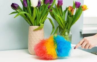 How to Clean Artificial Flowers: 5 Easy Methods