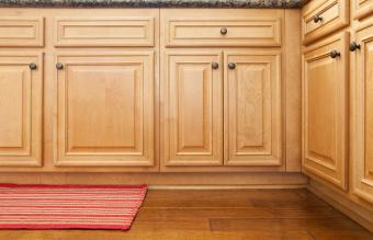 4 Proven Ways to Clean Sticky Wood Kitchen Cabinets