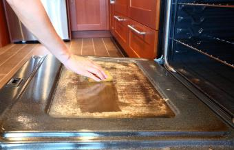 7 Best Oven Cleaners for a Spotless Shine