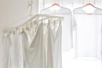 How to Whiten Clothes Without Bleach: 9 Effective Alternatives
