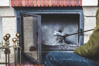 Fireplace Cleaning Guide: Keep It Safe, Clean and Cozy