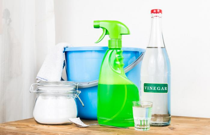 natural mix for effective house cleaner