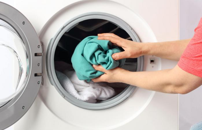 Does Putting Laundry in the Dryer or Washer Kill Germs? | LoveToKnow