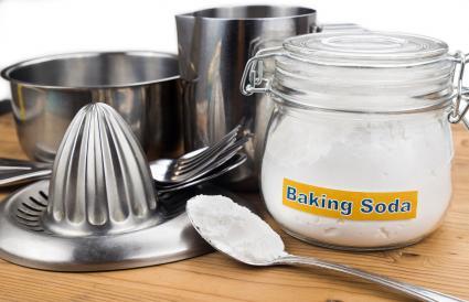 Baking soda effective polish of metal kitchenwares