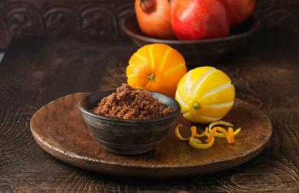 Ingredients for DIY enzyme