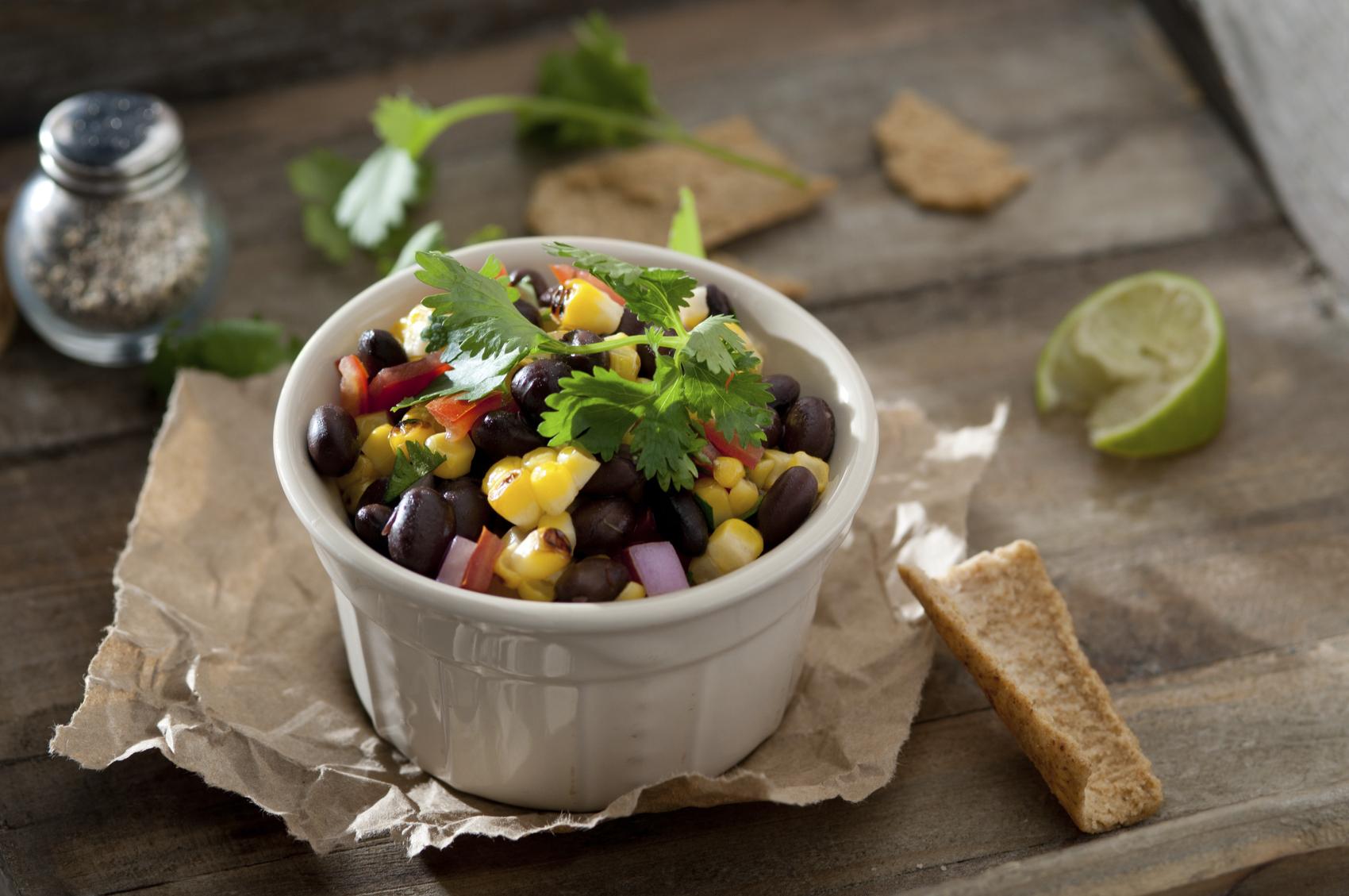 salsa-con-maiz-y-frijoles.jpg