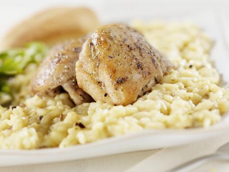 Cazuela del arroz con crema de pollo tipo Campbell