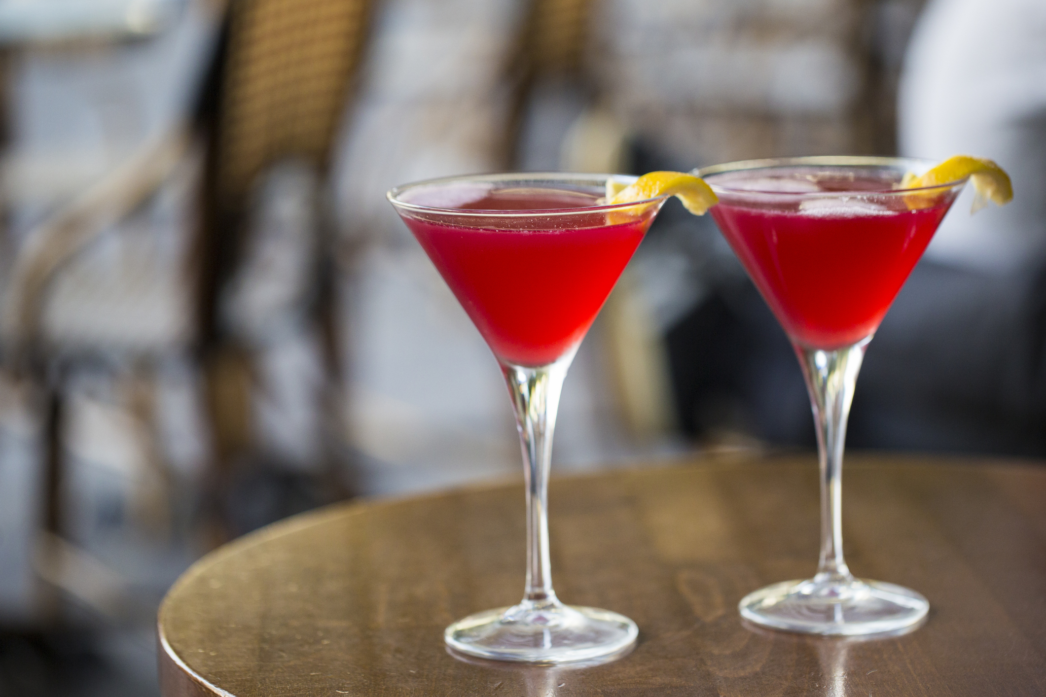 Classic Cosmopolitan Cocktail Recipe And Variations Lovetoknow