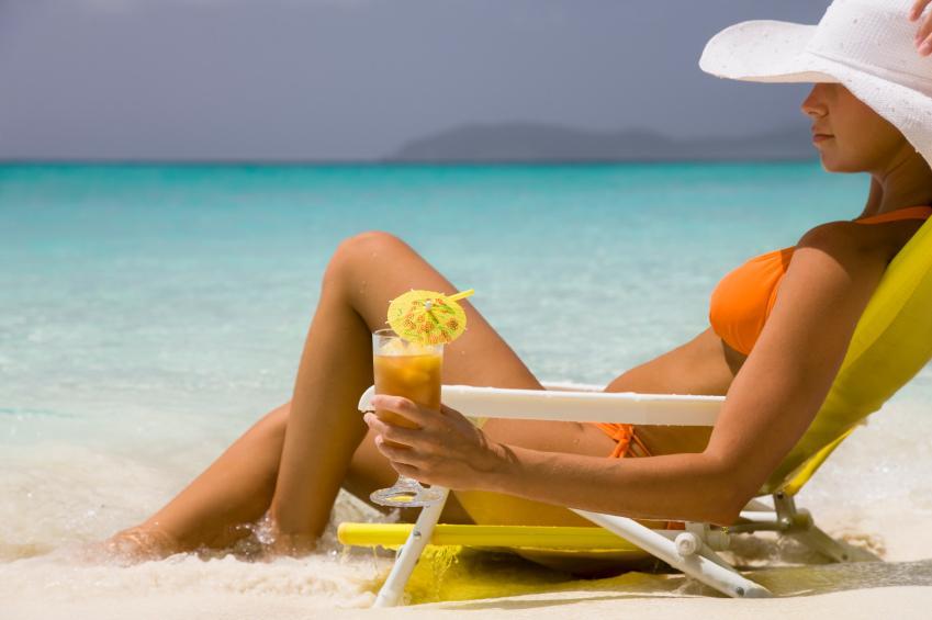 https://cf.ltkcdn.net/cocktails/images/slide/108344-849x565-Drinking_in_the_Caribbean.jpg