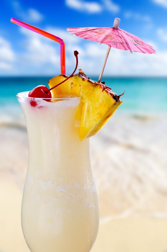 https://cf.ltkcdn.net/cocktails/images/slide/108373-565x850-Pinacolada.jpg