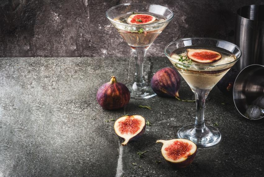 https://cf.ltkcdn.net/cocktails/images/slide/251267-850x569-fig-thyme.jpg